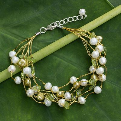 Artisan Crafted Peridot and Pearl Bracelet