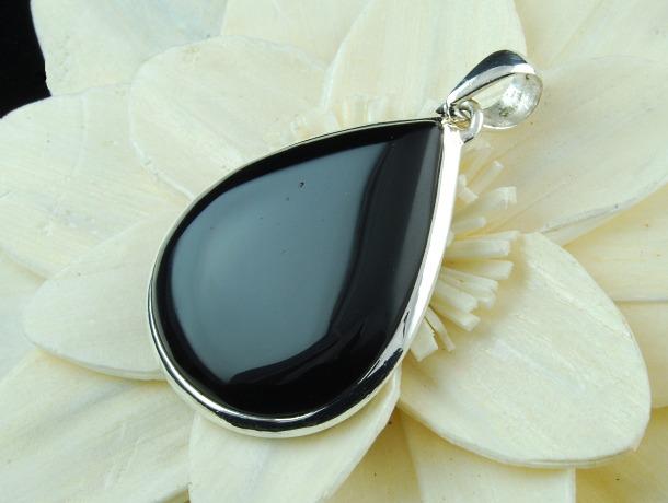 Bezel Black Onyx pendant