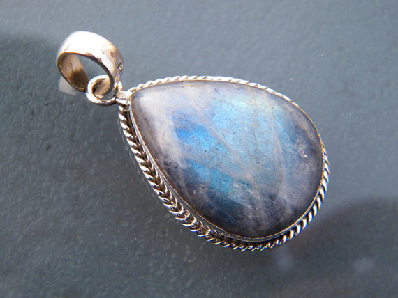Blue Labradorite Silver Pendant, Labradorite Gemstone Jewelry, Factory Direct Silver Pendant