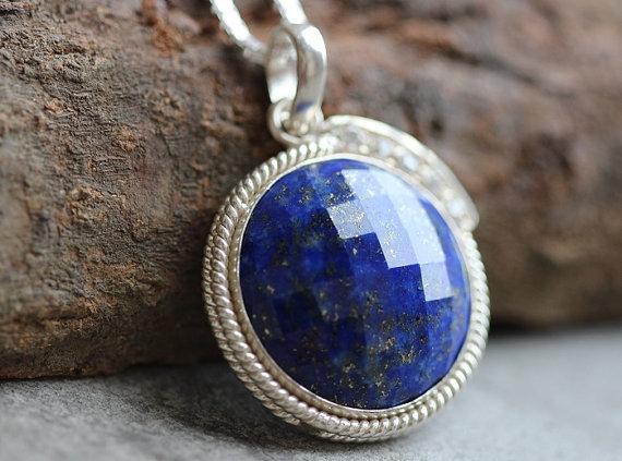 Blue pendant - Lapis lazuli pendant - Lapis pendant - Bezel pendant - Round pendant - Gemstone pendant