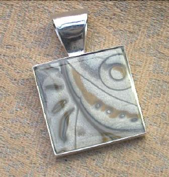 Designer silver Bezel pendant