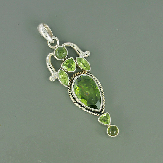 Natural Peridot & Idocrase Gemstone 925 Sterling Silver Pendant Jewelry, Unique Gift Jewelry, Designer Gift Jewelry