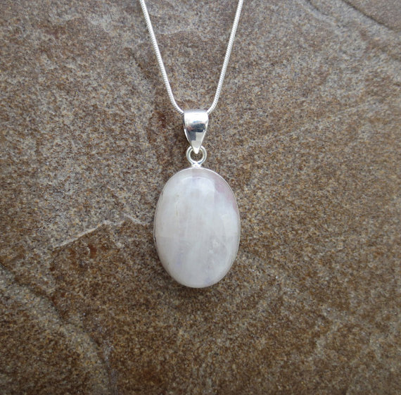 Rainbow Moonstone Necklace , Moonstone Silver Pendant, Rainbow Moonstone Gemstone Jewelry, Bridal