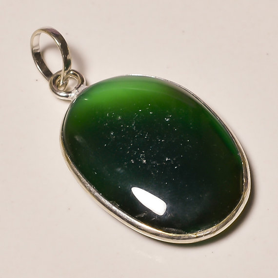 beautiful green onyx gemstone .925 Sterling Silver green onyx Overlay Pendant