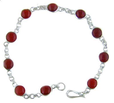 bracelet with round stone