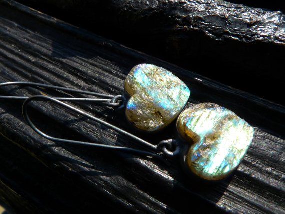 raw labradorite earrings, dangle earrings, gemstone earrings, jewelry for her, Brazilian jewelry
