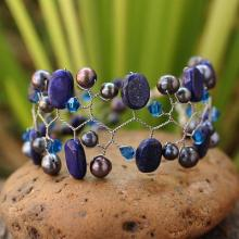 Cultured pearl and lapis lazuli beaded bracelet