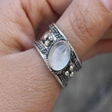 Delicate Adjustable Vintage Tibetan Silver Natural Oval Rainbow Moonstone Gemstone Multi Weaving Dotted Amulet Ring Thumb Ring