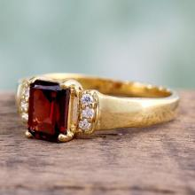 Gold vermeil garnet solitaire ring