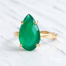 Green Onyx Ring - Gemstone Ring - Stacking Ring - Gold Ring - Tear Drop Ring - Prong Set Ring