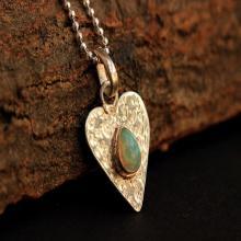 Heart pendant - Opal pendant - Hammered pendant - Gemstone - Artisan pendant