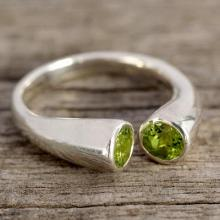Jewelry Silver and Peridot Wrap Ring