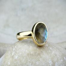 Labradorite ring,unique rings,gold ring,14k gold filled ring,solid gold ring,gemstone ring,bridal ring,wedding ring