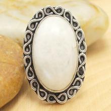 Moonstone Ring Sz 7, Silver Moonstone Ring, Rainbow Moonstone Ring, Statement Ring, Crystal Ring, Gemstone Ring, Boho Ring