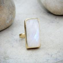 Moonstone ring,gold ring,bezel setting ring,rectangle ring,gold stack ring,vintage ring,rainbow ring,long ring