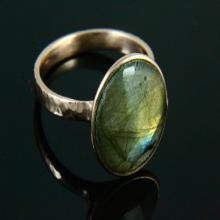 Natural Labradorite Ring, Stone Ring, Labradorite Ring, Gemstone Ring, Hammered Ring, 18k Rose Gold Plated, Rose Gold Ring, Gemstone Jewelry