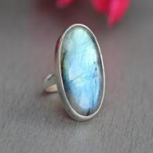 Natural Labradorite ring - Oval ring - Bezel ring - Rings for women - Gemstone ring - Sterling silver