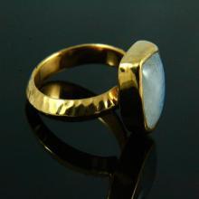 Natural Rainbow Moonstone Ring, Hammered Ring, Moonstone Ring, Gemstone Ring, 14k Gold Plated, Gold Ring, Moonstone Jewelry,Gemstone Jewelry