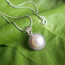 Pearl pendant - Bridal jewelry - Artisan pendant - Bezel pendant - Cabochon pendant - Bridal pendant