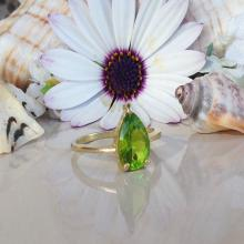 Peridot Ring - August Birthstone - Gemstone Ring - Teardrop Ring - Stacking Ring - Birthstone Ring - Gold Ring