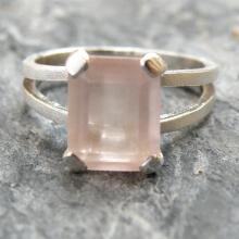Rose Quartz Engagement Ring Love Gemstone Ring Rose Quartz Ring Sterling Silver Ring , Rose Quartz Jewelry Pink Quartz Ring