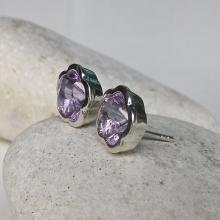 Silver Bezel Amethyst Earring- Flower Shaped Earring- February Birthstone Earring- Purple Earring- Gift for Bridesmaids