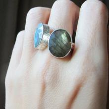 Silver Labradorite Ring- Stack Ring- Green Labradorite Ring- Blue Labradorite Ring- Gemstone Ring- Stone Ring- Cushion Ring