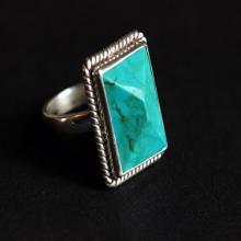 Turquoise Ring - statement ring - Bezel set ring - Artisan Ring - Gemstone Ring - round ring