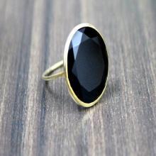 black onyx ring,gold ring,vintage ring,black ring,gemstone ring,gold black jewelry,oval ring,customize rings,stacking ring,bezel set ring