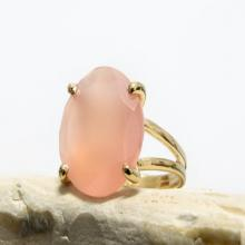 pink ring,round cocktail ring,vintage ring,summer ring,love ring,gemstone ring,prong setting ring